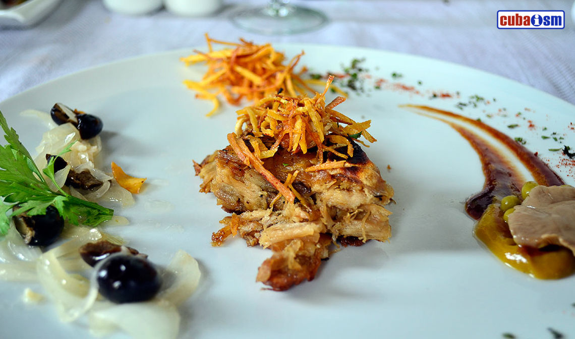 Charcoal Baked Pork recipe (Cerdo asado al carbón), a typical Cuban cuisine recipe